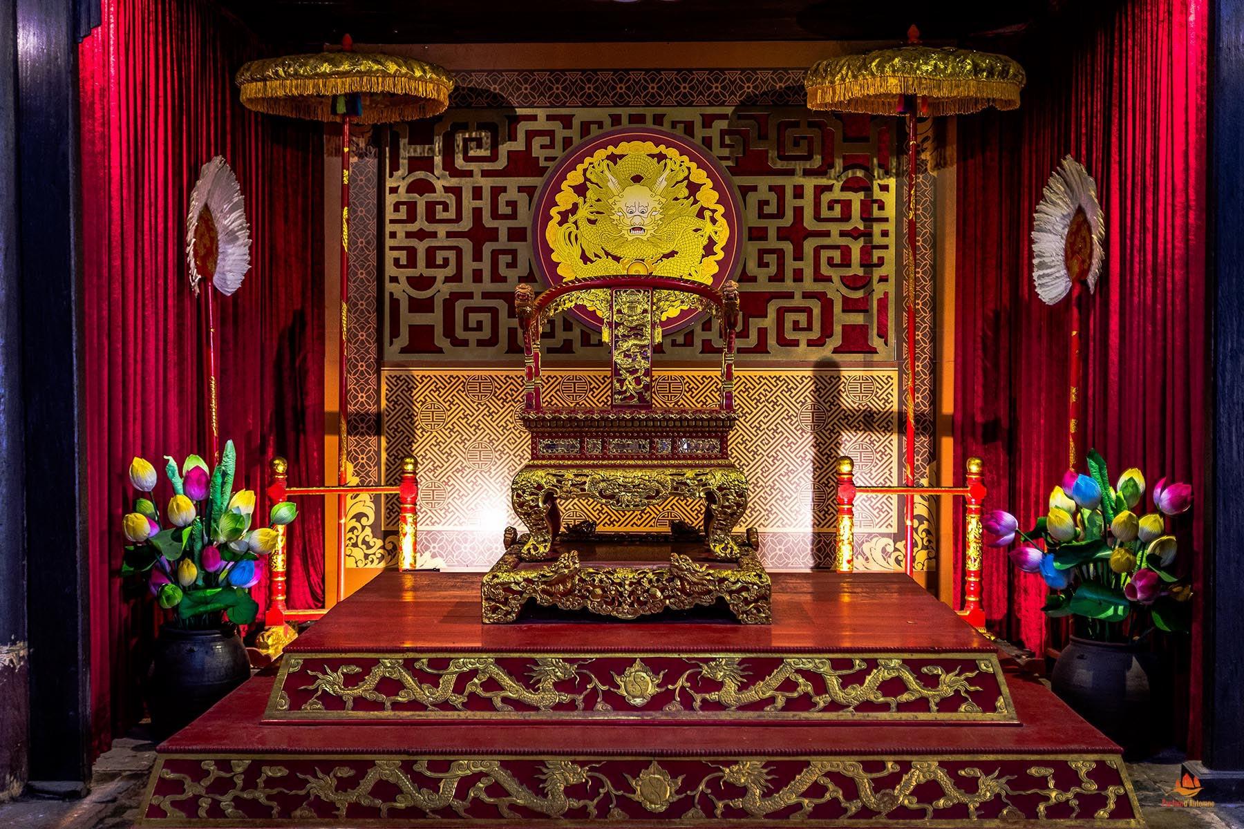 Trone des empereurs Nguyen, Hue, Vietnam