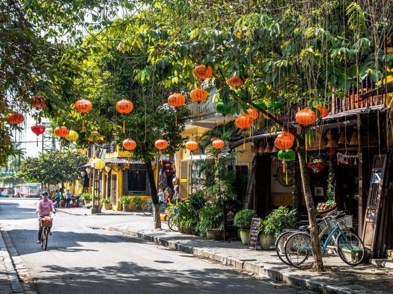 Charmante rue de Hoi An, Vietnam