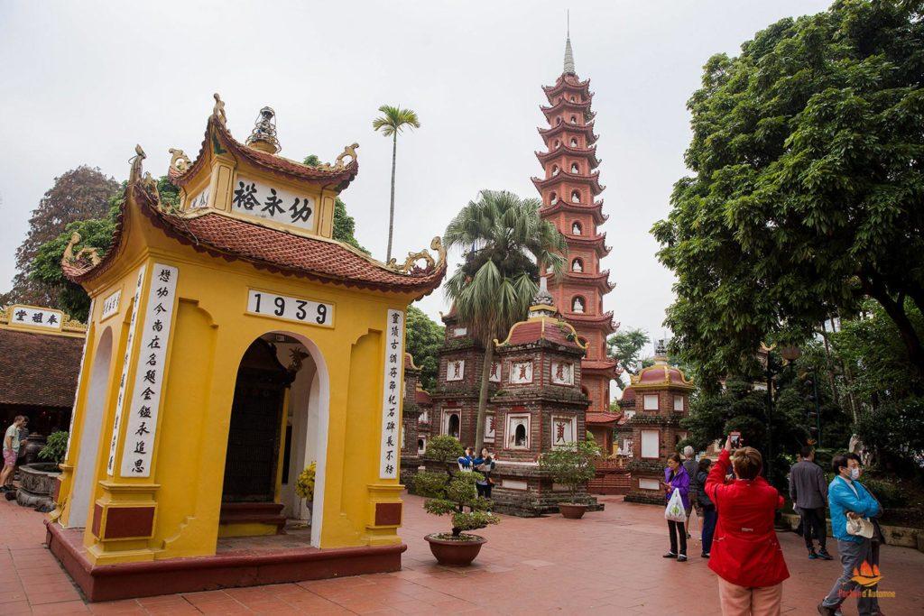 Pagode Tran Quoc à Hanoi, Vietnam