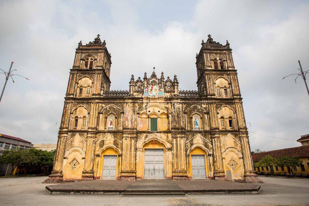Eglise catholique dans la province de Nam Dinh, Vietnam