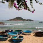 Bateaux ronds pour aller à la pêche près de Quy Nhon au Vietnam
