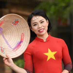 Mme Thu Huong Parfum d'Automne
