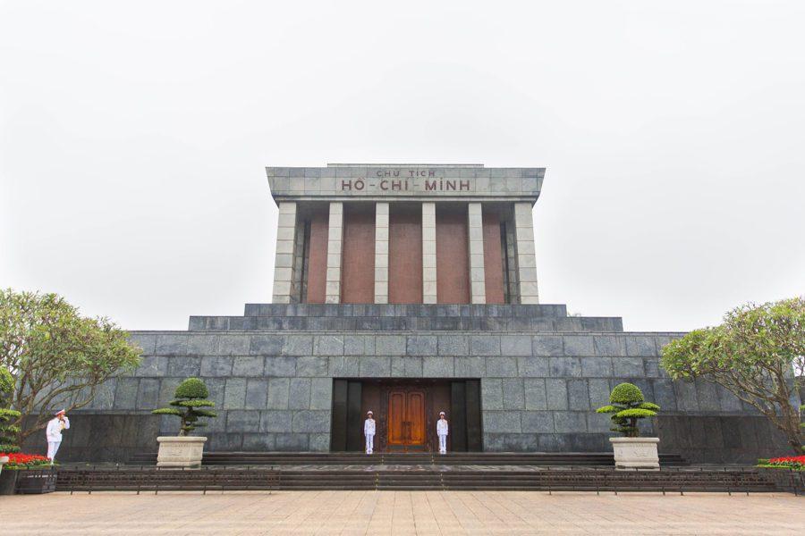 Mausolée d'Ho Chi Minh sur la place Ba Dinh, Hanoi, Vietnam