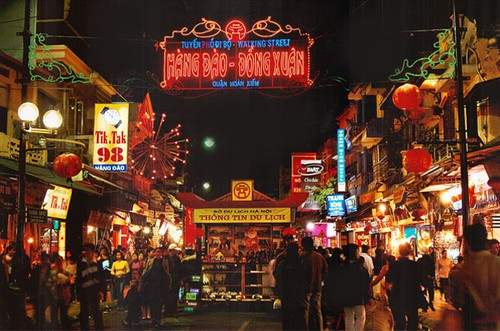 Marché de nuit de Hanoi, Vietnam