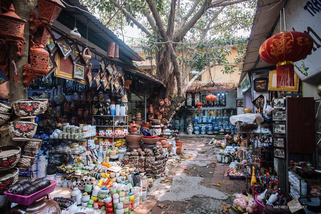 Marché de la poterie de Ba Trang, près de Hanoi