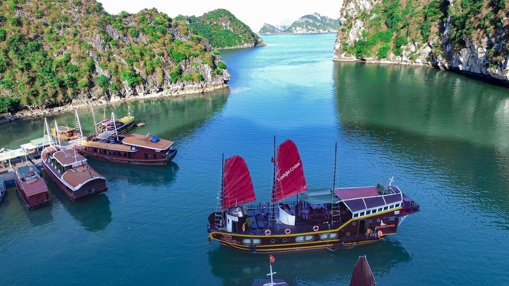 Le bateau Sunlight Cruise de 5 cabines