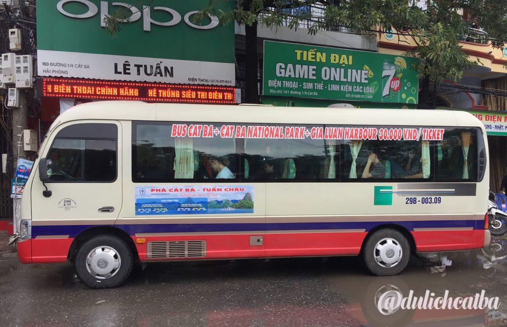 Bus pour aller à la ville de Cat Ba