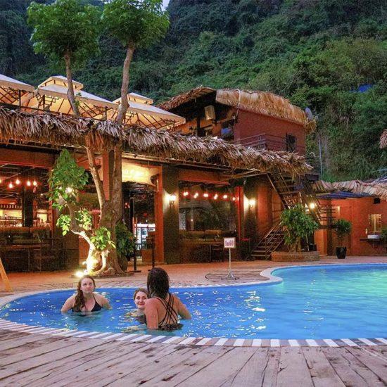 Oasis Bungalow sur l'ile de Cat Ba, Vietnam
