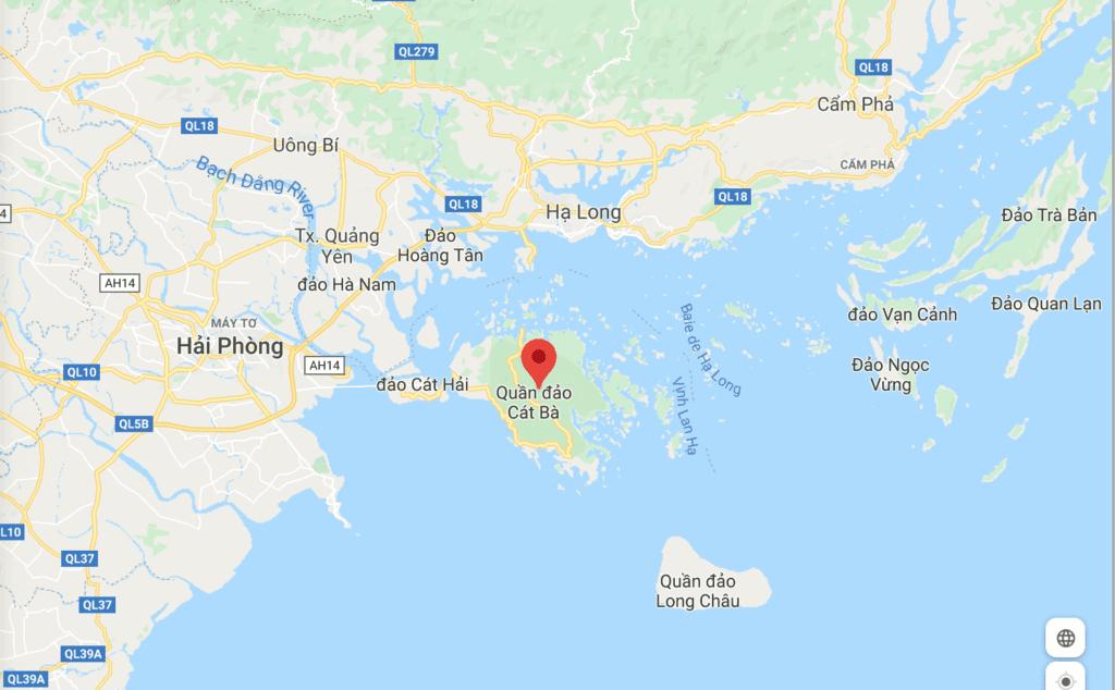 Ile de Cat Ba dans la baie d'Halong, Vietnam
