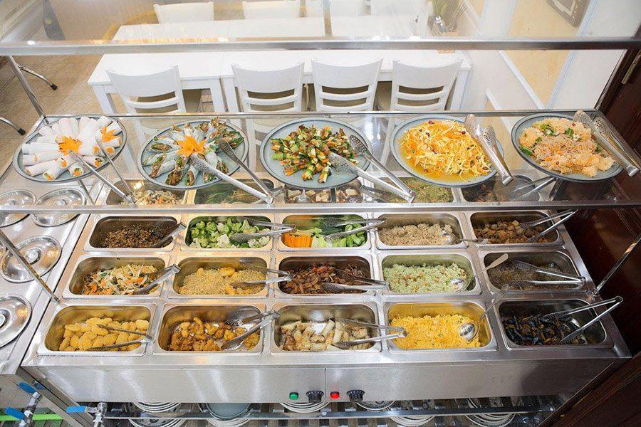 Le buffet du restaurant Tue Linh Chay