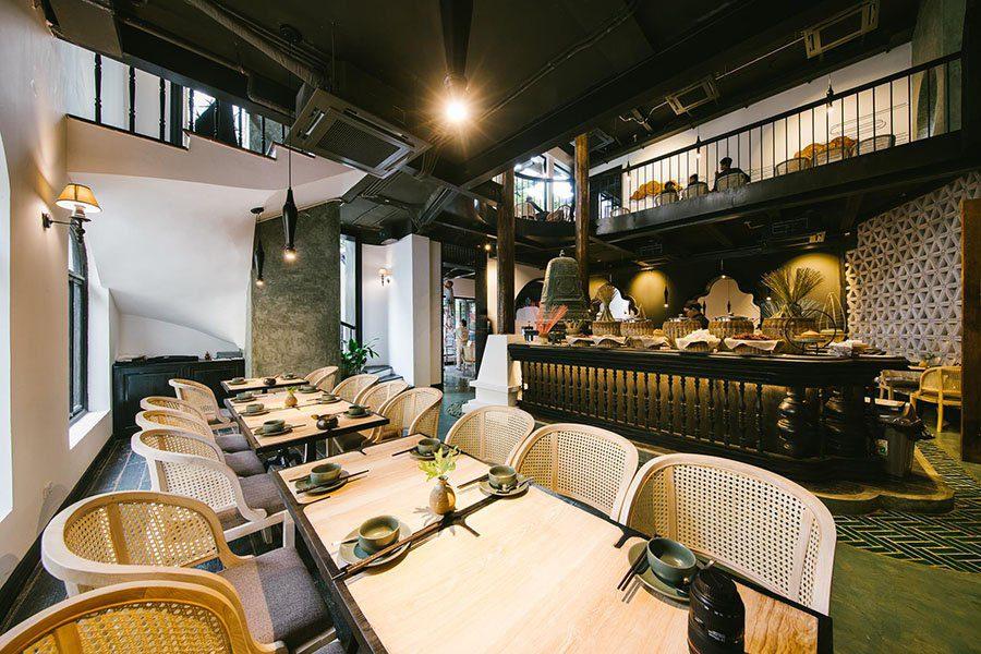 Intérieur du restaurant Sadhu à Hanoi