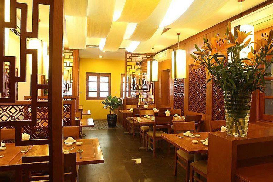 Intérieur du restaurant Aummee à Hanoi