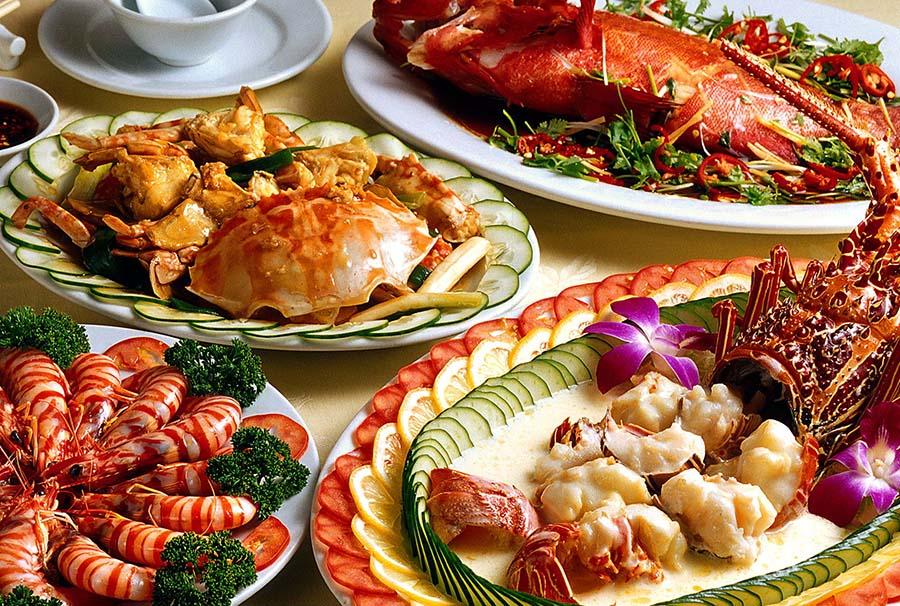 Superbes présentations de fruits de mer à Danang