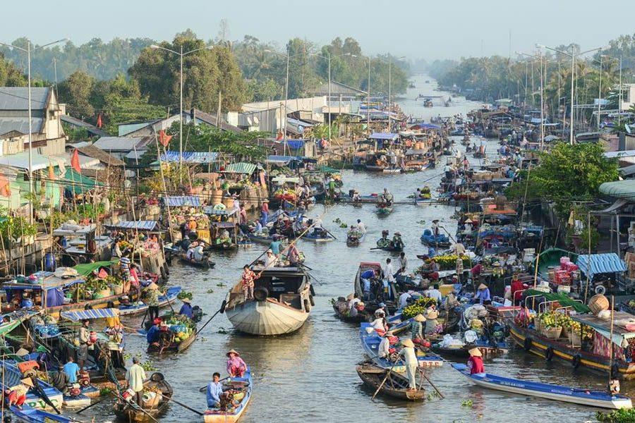 Marché de Nga Namng dans le delta du Méko