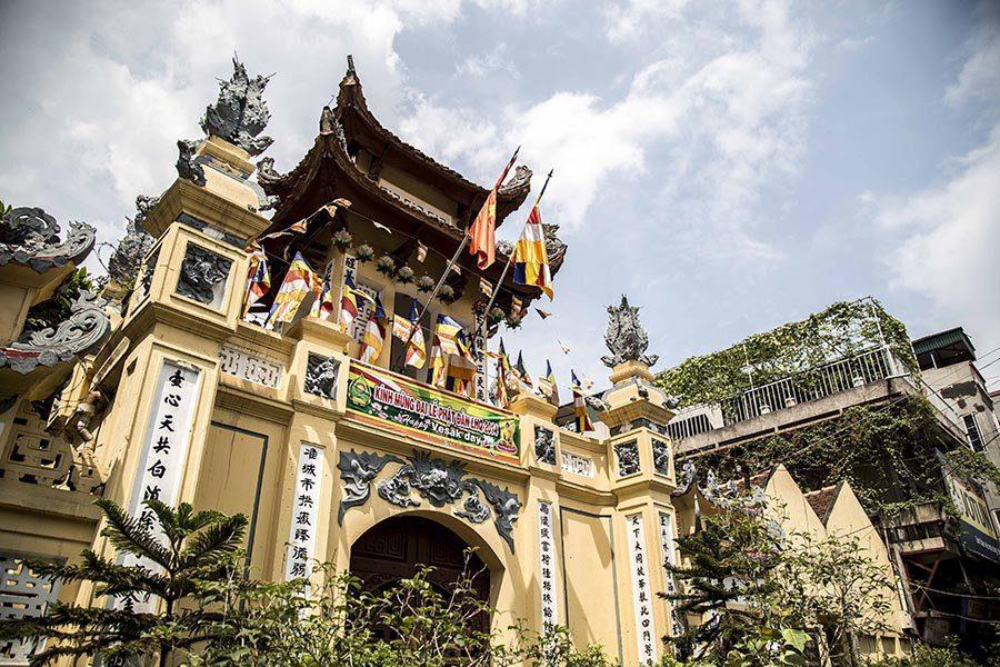 Architecture d'une pagode de Hanoi, Vietnam